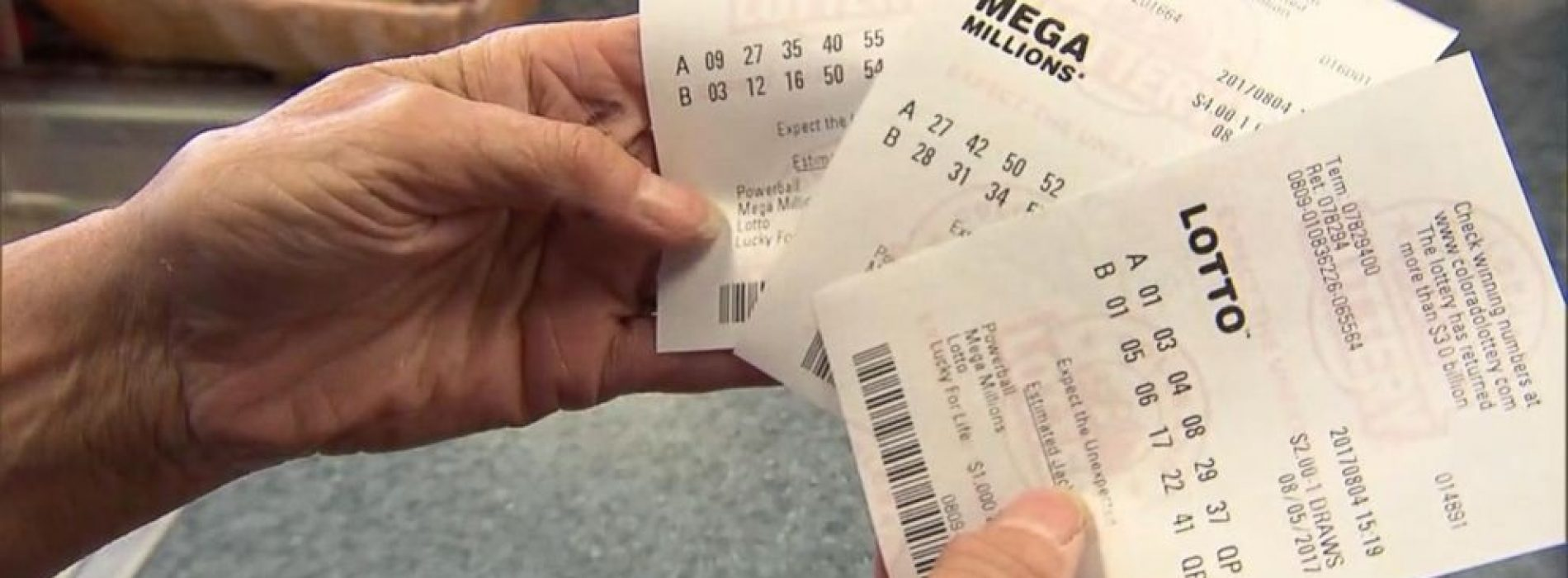 Six major benefits of playing online lottery
