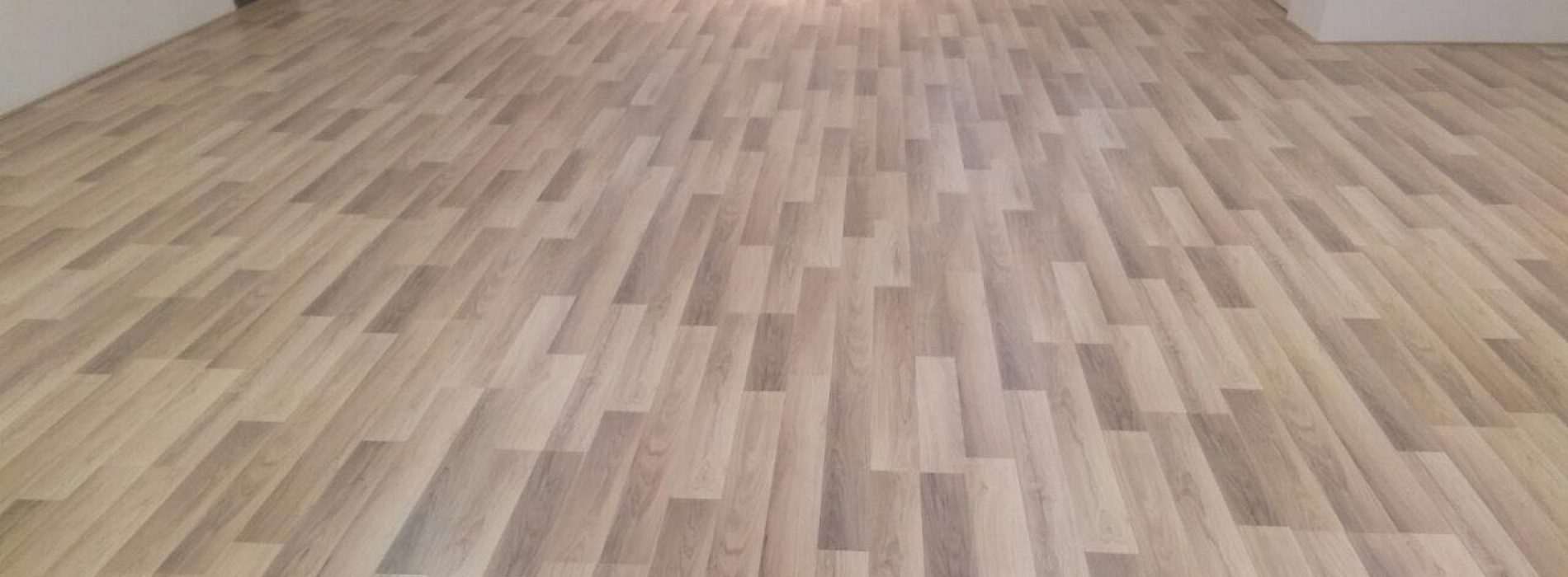 How Can Rubber Vinyl Flooring Tiles Save Your Home's Aesthetics